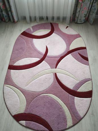 Килим овал рожевий. 2.30/1.50 Ковер, коврик.
