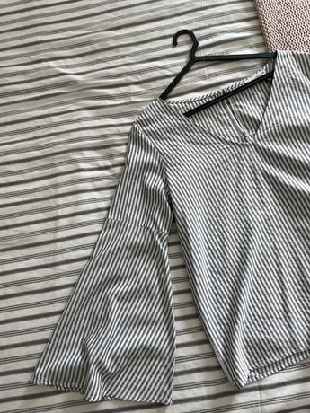 Blusa às Riscas cinza/branco