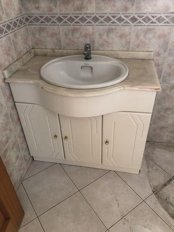Movel de casa de banho com lavatorio