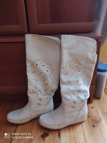 Kozaczki buty ażurowe jesień 39
