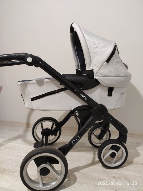 Дитяча коляска MUTSY