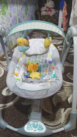 Дитяча гойдалка для діток від народження