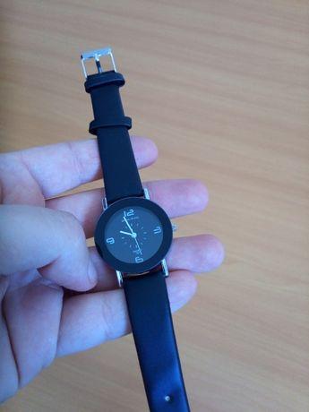 Relógio Preto Senhora com oferta 4pilhas