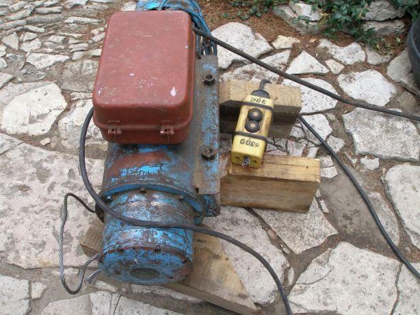 Wyciąg, wciągarka budowlana + maszt = komplet
