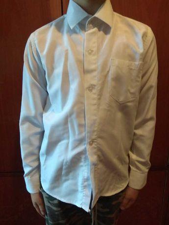 Рубашка белая на 7-8 лет
