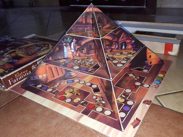 Gra Klątwa Faraona Trefl Disney piramida przestrzenna