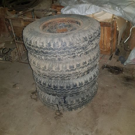 Продам колеса на УАЗ