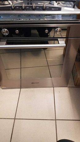 Piekarnik elektryczny pod zabudowę