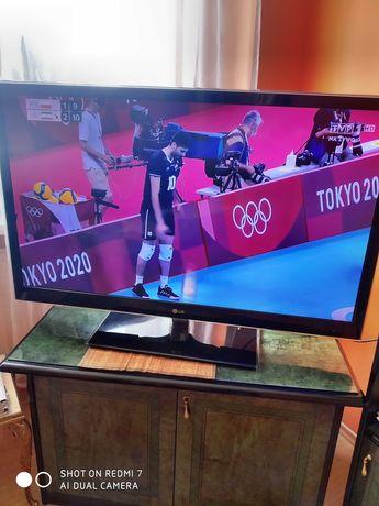 Telewizor LG 47LW500