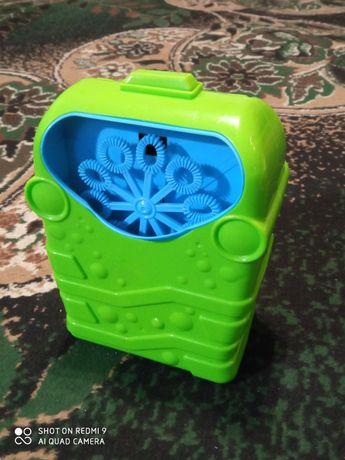 Продам генератор мыльных пузырей зеленый