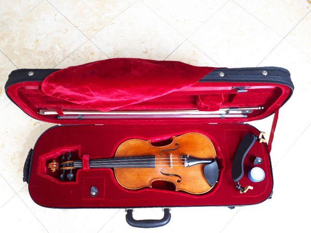 Violino Karl Hofner H115-BG-V 4/4 + arco + estojo