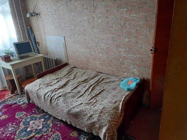 Кімната для двох на Космонавтів 39 (Вишенька)