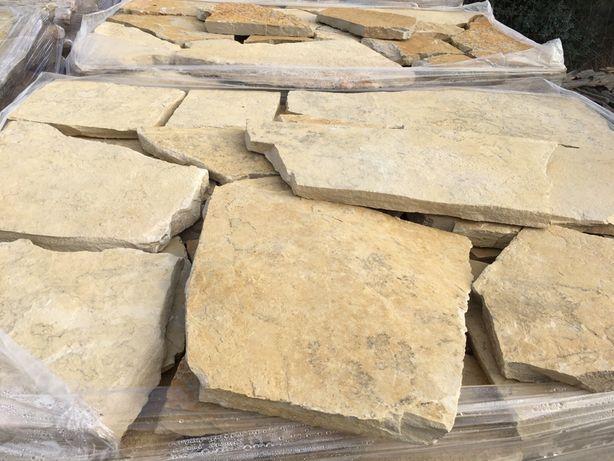 Pedra para chão / muros