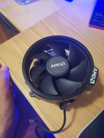 AMD Wraith Spire Cooler (stock cooler da amd) AM4