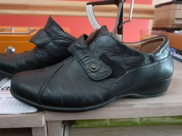 Damskie skorzane buty-pantofle-mokasyny-rozmiar39