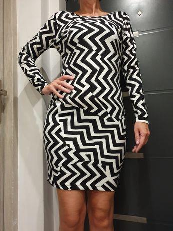H&M śliczna sukienka z odkrytymi plecami