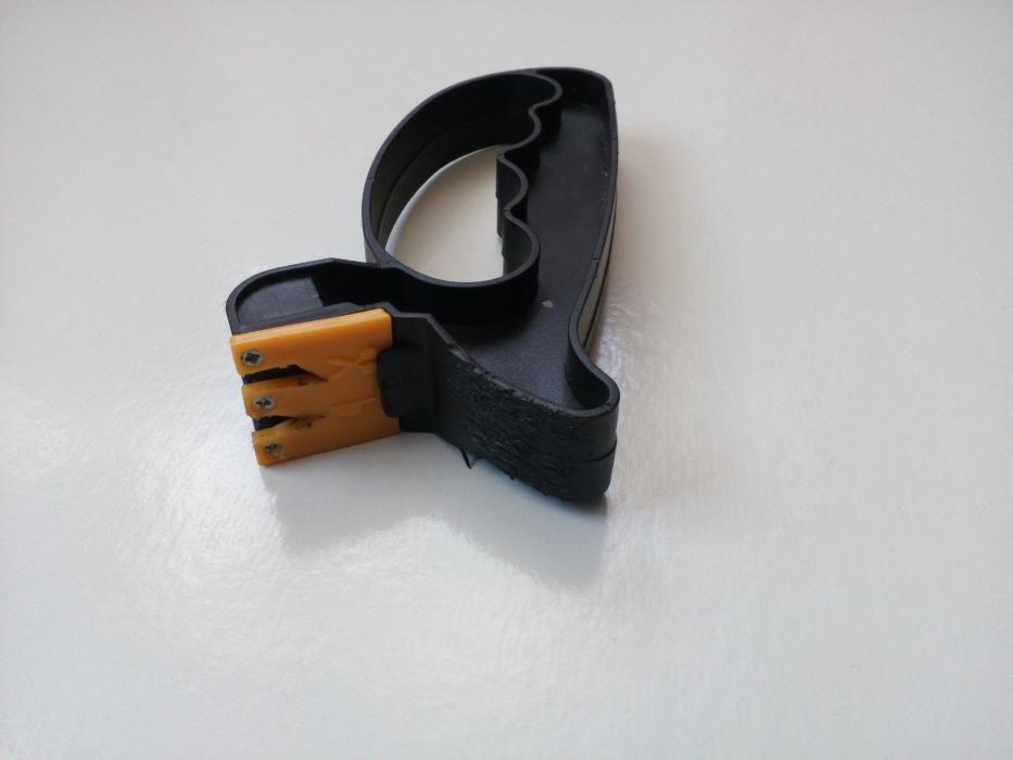 Точилка для ножниц и ножей черная