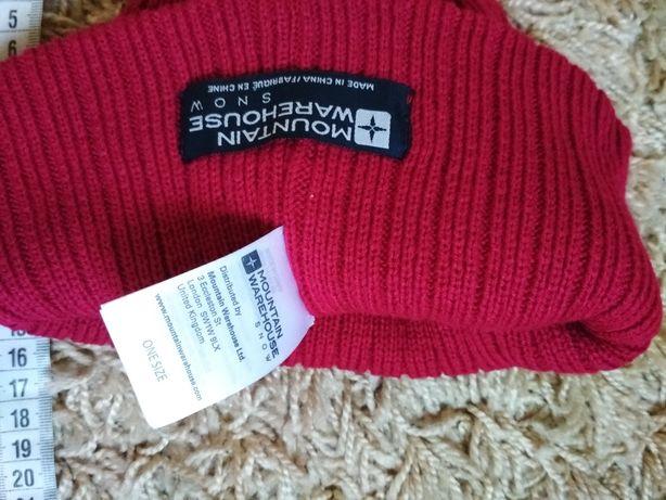 Женская шапочка шапка Mountain warehouse.