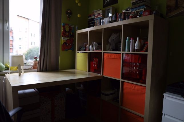 Biurko z IKEA z regałem bardzo dobry stan