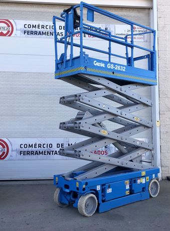 Plataforma elevatória tesoura 10 mts