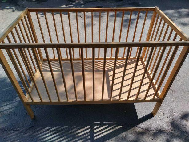 Дитяче ліжечко для новонароджених і дітей до 4 років