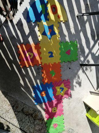 Mata piankowa do gry w klasy dla dzieci