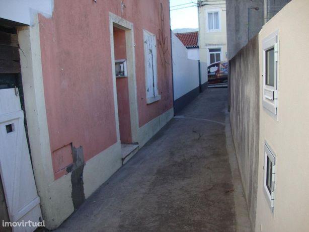 House/Villa em, Povoação REF:2003
