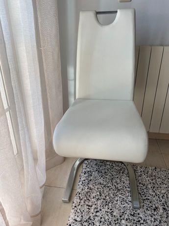 Conjunto 4 cadeiras jantar como novas, pele sintética