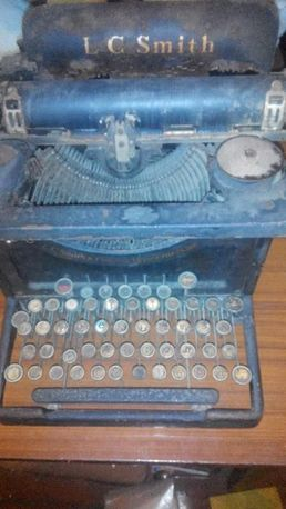 Продам старую печатную машинку пр-ва США