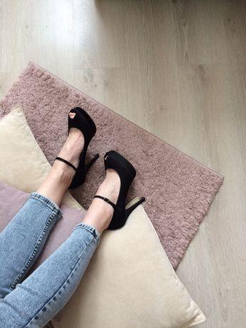 Туфли-босоножки Gorgeous