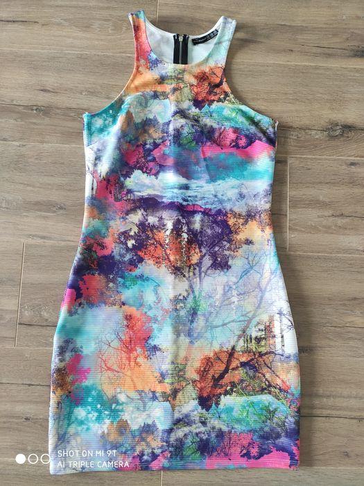 Sukienka krótka, obcisła, prążek kolorowa rozmiar M różowy, fioletowy Dębica - image 1