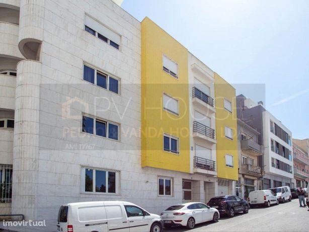 Apartamento T1 Restelo/ Lisboa