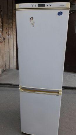 Холодильник Samsung продам