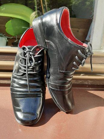 Buty chlopiece skorzane