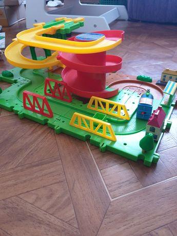 Продам конструктор железная дорога