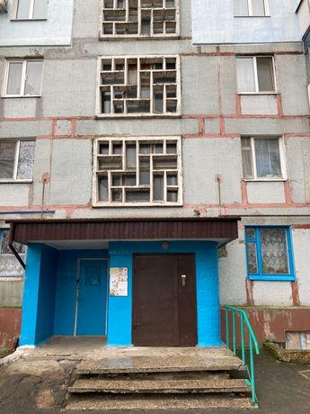 Продажа квартиры в пгт. Степногорск 1- комн.срочно на 1 мкр.2-й дом