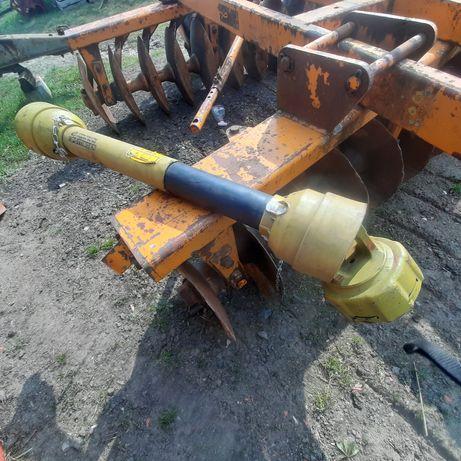 Wałek przekażnika mocy Pottinger ze sprzęgłem 120-145 cm.