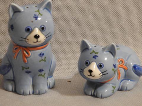 Śliczny porcelanowy zestaw kotki- made in Japan