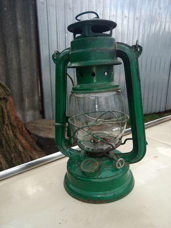 Керосновая лампа