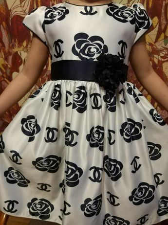 Фирменное платье на 6-7 лет (выпускной в дет.саду), аренда