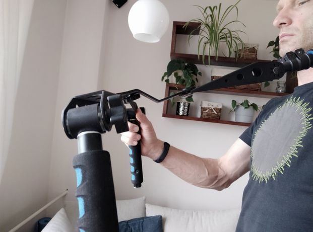 Stabilizator ruchu do kamery.