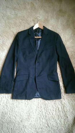 Пиджак черный на мальчика-подростка. Школьный.