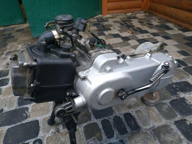 Двигатель на китайский скутер 80 кубов 139 QMB