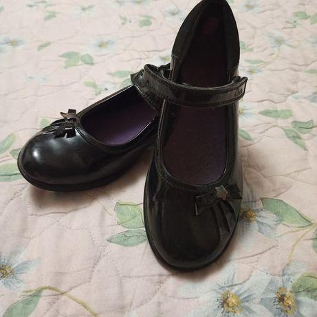 Туфли clarks daisy на девочку, 33 размер