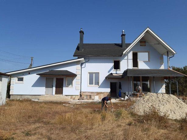 Проект двухэтажного дома 137 м2 с гаражом на 2 авто и подвалом, Дешево
