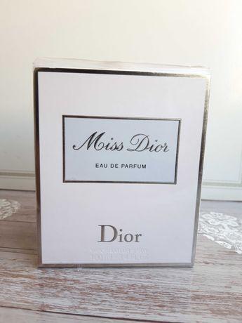 Miss Dior UNIKAT 2013 r.,100 ml w.perfumowana