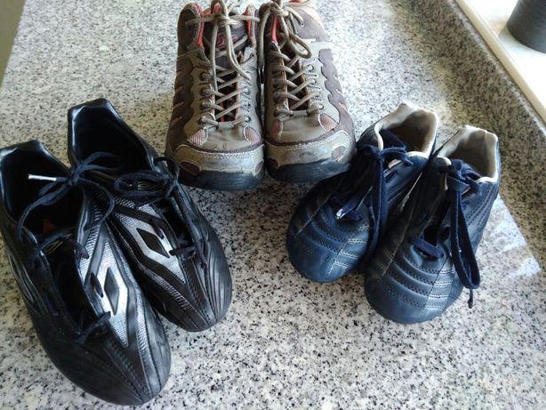 Chuteiras e botas tamanho 34