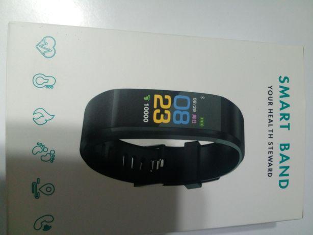Sportowa opaska smartband fit