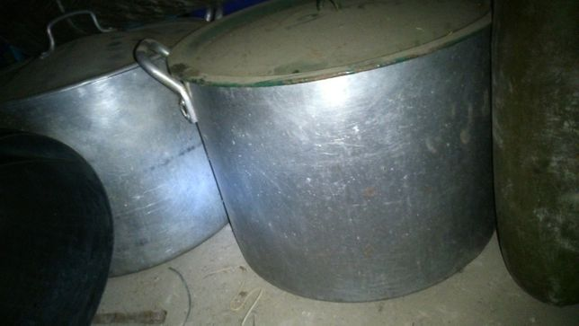 Кастрюли алюминиевые и эмалированные 50 л