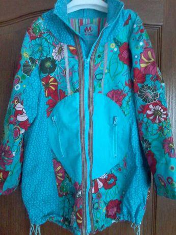 Куртка, ветровка девочке 34р. на рост 128